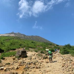 富士登山のトレーニング。那須岳に登ってきました。
