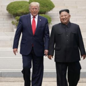 【ほんと?】北朝鮮金正恩様が手術して重篤?まさかコロナってことはないですよね?