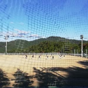 自然の中がいちばん‼️青空の下でヨガ🧘⁉️本当の目的は野球見学⚾