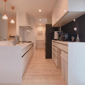 キッチン背面収納を造作する価格は安い?おしゃれな家具も夢じゃない!