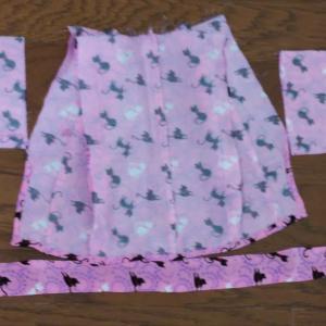 テディベアの着物、縫ってます