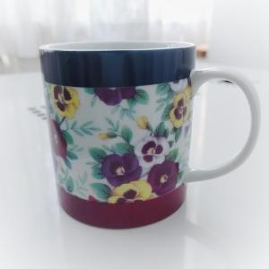 [ポーセラーツ] パンジーのマグカップ