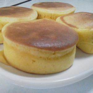 """""""厚焼きパンケーキ""""型4個をフライパンで焼くも失敗[家ごはん・簡単レシピ](20200127)"""