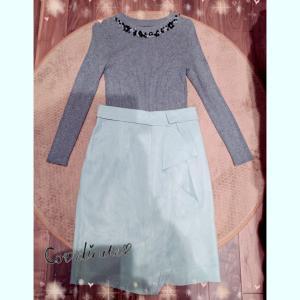 金曜OLコーデ☆上品ミント色のタイトスカート