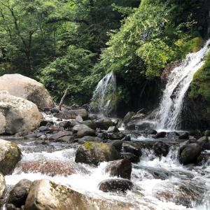 山梨県一泊旅行。吐竜の滝に行ってきました。