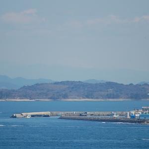 春に南知多から200km先にある富士山が見えました。