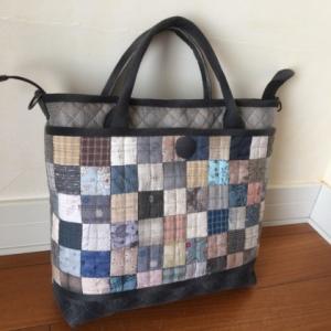 四角繋ぎのバッグ完成です