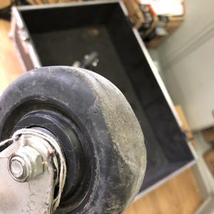 フライトケースの車輪
