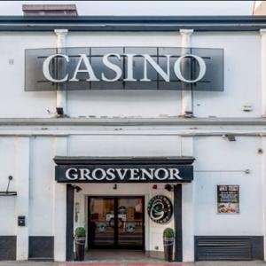 【グロブナー】英国最大の港湾都市ブリストルの小さなカジノ!服装&遊び方|おすすめ観光