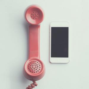 """iPhoneを""""ひかり電話""""の子機にして便利に使ってみよう"""
