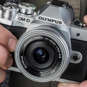 10万円もらったら買いたいミラーレスカメラ!予算内か予算以上か