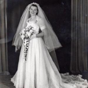 65年前の手作りウェディングドレス