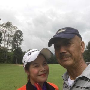 チェンマイ ゴルフ 可愛いキャディーさん