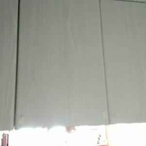 キッチンの吊戸棚の整理整頓