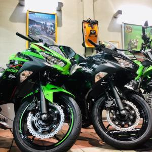 2020/9/25◆2021年モデル「Ninja400」入荷してきました!