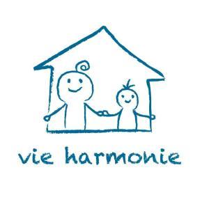 vie harmonie(ヴィ・ハーモニー)のロゴを作って頂きました。