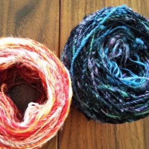 手紡ぎの糸で織る
