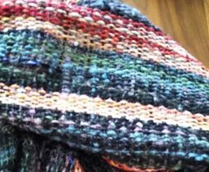 手紡ぎの糸で織る(2)