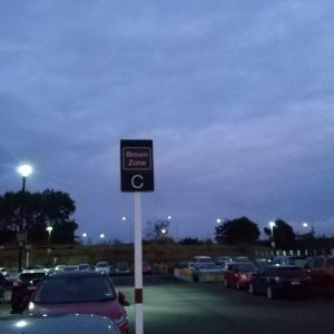 久々のオークランド空港
