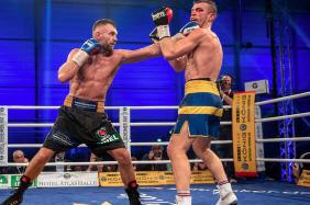WBA世界ライトヘビー級暫定王座決定戦 ドミニク・ボーゼル VS スベン・フォーリン