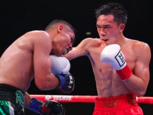 WBA世界フェザー級タイトルマッチ 徐灿 VS マニー・ロブレスⅢ