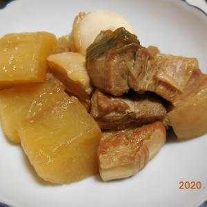 豚バラ肉の角煮です。