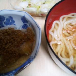 5/10(月) うどん。納豆たまごご飯。あと、お茶漬け。