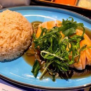 【5点満点!】シンガポールの有名店「天天海南雞飯」でハイナンチキンライスと超ビッグドリンク!