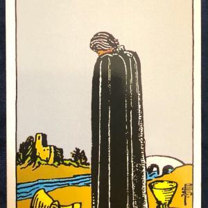 今日のカード(カップの5)