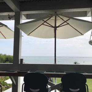 【石垣島】プカプカ(PUFFPUFF)~ 美しい海を一望できる石垣島の海カフェ。