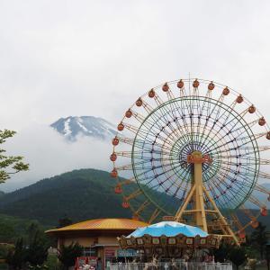 【PICA富士ぐりんぱ後編】遊園地を2日間満喫! 夜は屋台風ごはんで楽しく過ごしました
