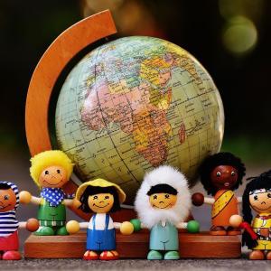 世界各国が人口減で悩んでいる?
