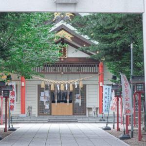 【発寒神社】ご利益・御朱印情報と、花手水のある境内を写真でご紹介。
