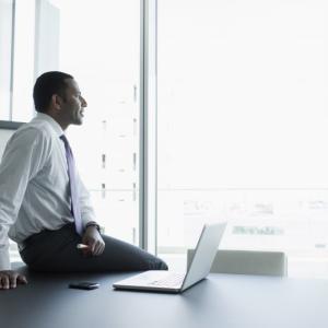 【合理的】仕事が辛い、辞めたいと感じたら「成長」できるか考えよう