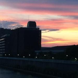 隅田川沿いの夕景