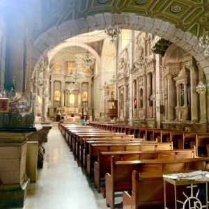 グアダルーペの聖母とは?メキシコの宗教・カトリックの歴史をわかりやすく解説!