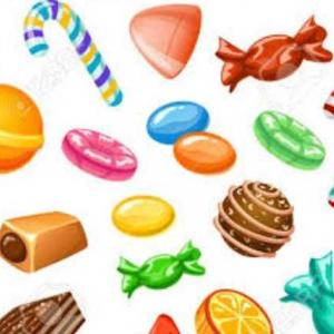 お菓子を配る人…(=_=)