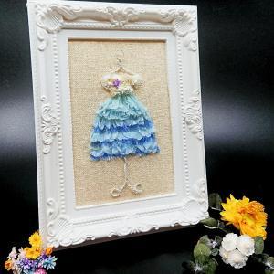 花刺繍。お花でドレスフレームフラワー