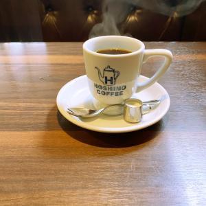 久しぶりにメガネを外してみました。 モーニングコーヒーを頂いています♡