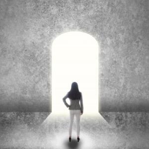 心がワサワサ、モヤモヤするものからは、距離を置いて、自分を心地の良い場所へ移行させていく。