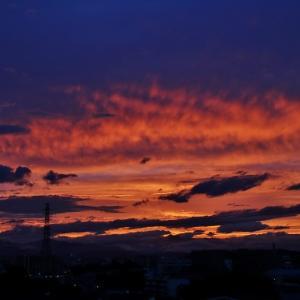 梅雨時の夕焼け