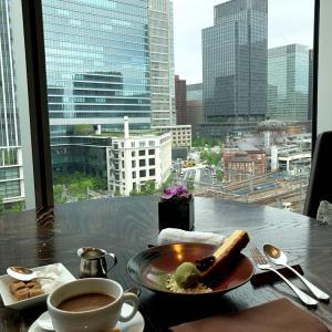 フォーシーズンズホテル 丸の内 MOTIFで お茶は出来るの?