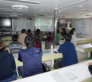 遠洋航海実習の保護者説明会