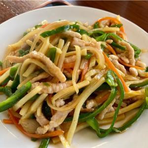 友部にある台湾料理 鑫隆の青椒肉絲ランチを食べてきた。