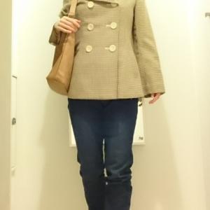 絶妙な着丈のジャケットで、足長コーデ