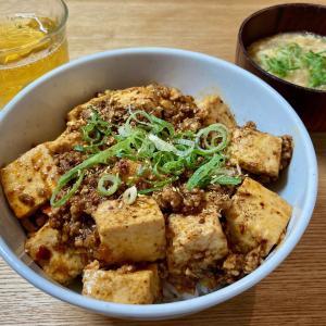 子供と麻婆豆腐作り