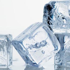 冷蔵庫の氷を取るときに音が出てしまいます。マンションだとNGなんでしょうか?