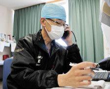 医師の携帯が鳴った「3人ですね」 五輪開会の日、医療逼迫も始まる
