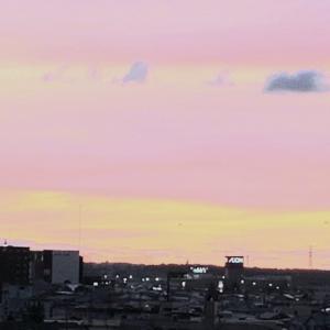 【めまい】空がピンク色に♪