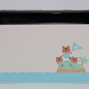任天堂ゲーム機「Nintendo Switch あつまれ どうぶつの森セット」に保護ケースを装着しました